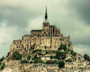 Mont St. Michel by Keri Bevan