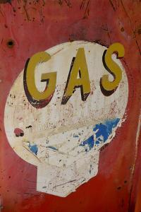USA, Arizona, Jerome, brightly painted antique gas sign by Kevin Oke