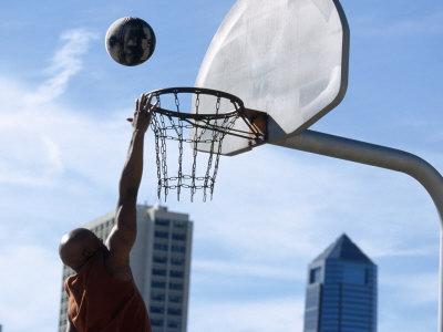 Urban Basketball Action