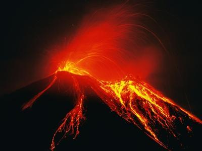 Arenal Erupting by Kevin Schafer