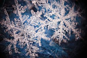 Snowflake Crystal Natural Snow by Kichigin