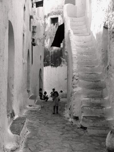 Kids in a Street of Sperlonga--Photographic Print