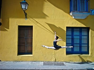 Ballet in the Colonial Streets of Old Havana by Kike Calvo