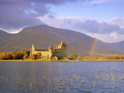 Kilchurn Castle and Loch Awe, Highlands Region, Scotland, UK, Europe-Gavin Hellier-Photographic Print