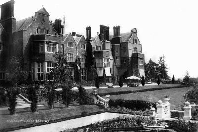 Killarney House, C1882--Giclee Print