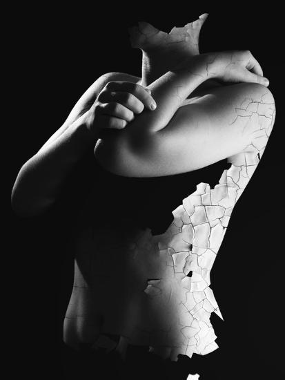 Killing Me Softly-Elior Segev-Photographic Print
