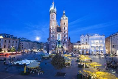 St. Mary's Basilica Illuminated at Twilight, Rynek Glowny (Old Town Square), Krakow, Poland, Europe