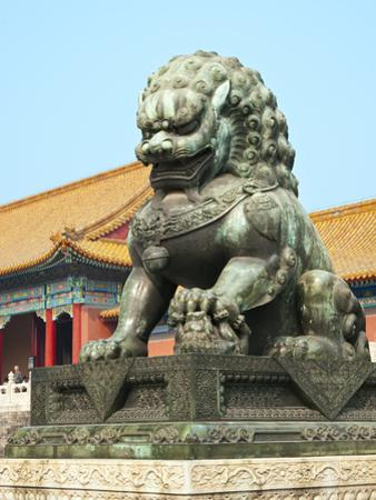 Bronzed Lion Guards Gate of Heavenly Purity, Forbidden City, UNESCO Site, Beijing, China, Asia