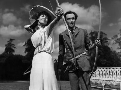Kind Hearts And Coronets, Valerie Hobson, Dennis Price, 1949--Photo