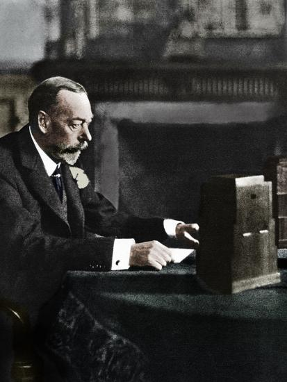 King George V broadcasting to the empire on Christmas Day, Sandringham, 1935-Unknown-Photographic Print