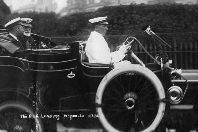 King George V Leaving Weymouth, Dorset, by Car, 11th March 1912--Giclee Print
