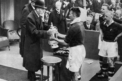 King George V Presenting the Fa Cup, Wembley Stadium, London, C1923-1936--Giclee Print