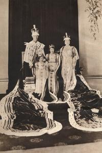 King George Vi and Queen Elizabeth on their Coronation Day, 1937