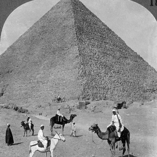 King Khufu's Tomb, the Great Phyramid of Giza, Egypt, 1905-Underwood & Underwood-Photographic Print