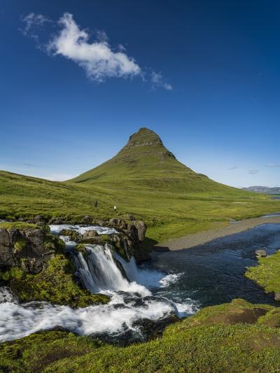 Kirkjufellsfoss Waterfalls and Mt Kirkjufell, Grundarfjordur on Snaefellsnes Peninsula, Iceland-Arctic-Images-Photographic Print