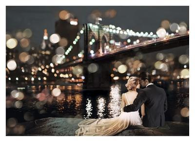 Kissing in a NY Night-Dianne Loumer-Giclee Print