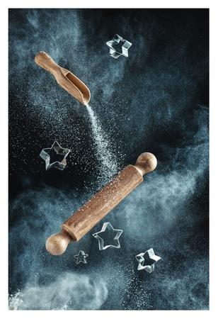 https://imgc.artprintimages.com/img/print/kitchen-mess-star-shaped-cookies_u-l-f8wkh30.jpg?p=0