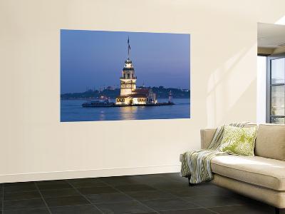 Kizkulesi, Bosphorus River, Istanbul, Turkey-Gavin Hellier-Giant Art Print