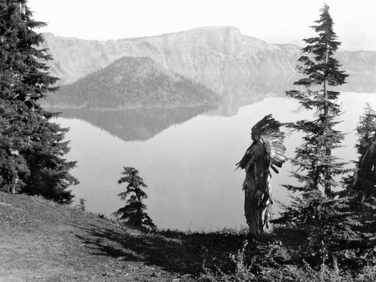 Klamath Chief, C1923-Edward S^ Curtis-Photographic Print