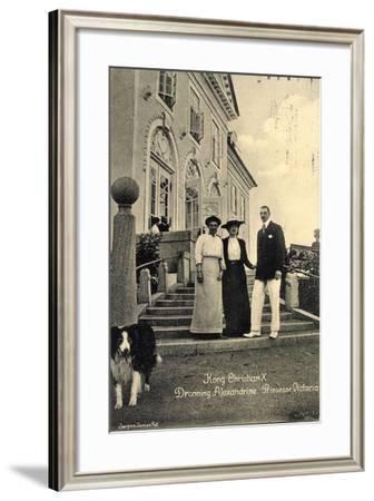 König Christian X Von Schweden, Königin Alexandrine--Framed Giclee Print