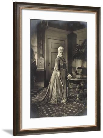 Königin Wilhelmina Der Niederlande, Strandbild, Fächer--Framed Giclee Print