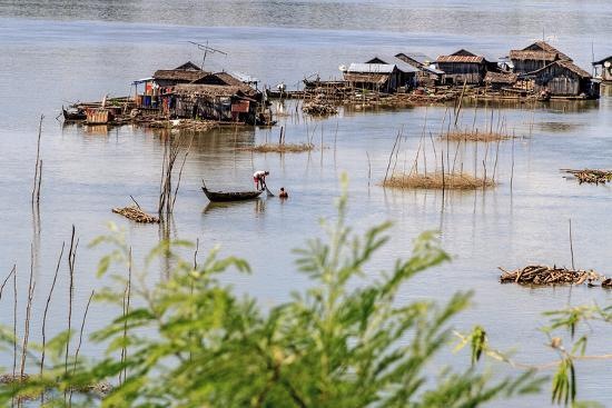 Koh Trong Island. Floating Vietnamese fishing village across the Mekong River from Kratie, Cambodia-Yvette Cardozo-Photographic Print