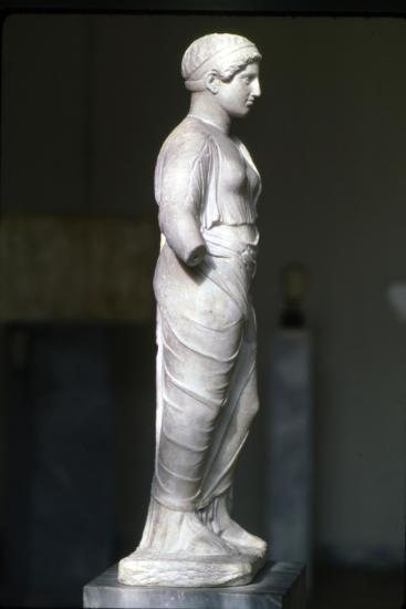 Kore, Persephone wearin Ionaian Chiton and Himation Attic Sculpture, c420 BC-Unknown-Giclee Print