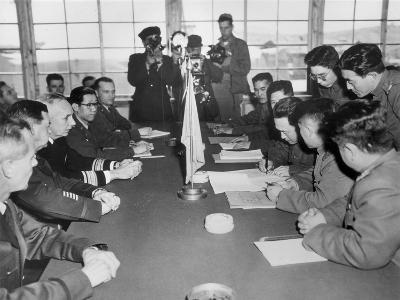 Korean War, 1953--Giclee Print
