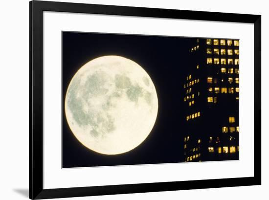 Koyaanisqatsi De Gedfreyreggio 1982--Framed Photo