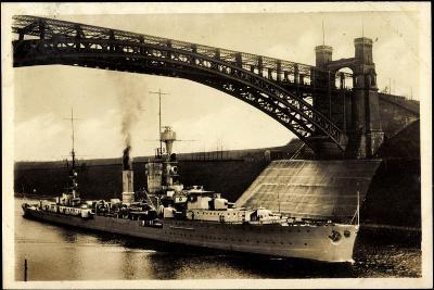 Kreuzer Emden, Wilhelm Kanal, Levensauer Hochbrücke--Giclee Print