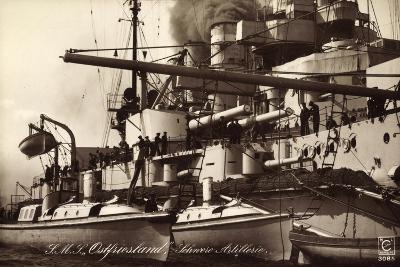 Kriegsschiff S. M. S. Ostfriesland, Schw. Artillerie--Giclee Print