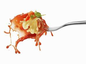 Pasta and Squirted Tomato Sauce on a Fork by Kröger & Gross