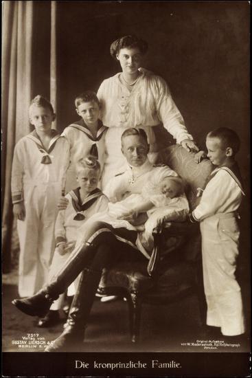 Kronprinz Friedrich Wilhelm, Cecilie,Kinder,Npg 7517--Giclee Print
