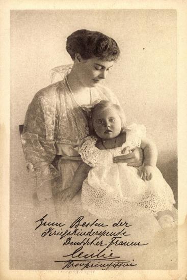Kronprinzessin Cecilie Von Preußen Mit Tochter--Giclee Print