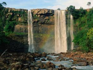 Salto Kama (Kama Falls) in the Grassy Highlands of La Gran Sabana, Canaima National Park, Venezuela by Krzysztof Dydynski
