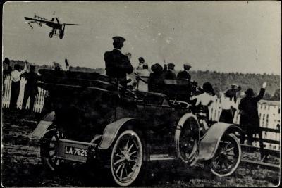 Kunstflieger, Zuschauer, Automobil, La 7626--Giclee Print