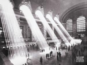 Grand Central Station, 1934 by Kurt Hulton