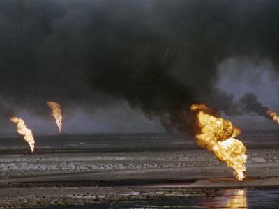 Kuwait Oil Fire--Photographic Print