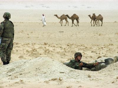 Kuwait US Intervention 1994-Peter Dejong-Photographic Print