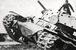 Kv-1 Kliment Voroshilov Heavy Tank