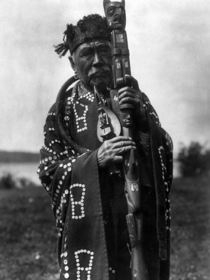 Kwakiutl Chief, C1914-Edward S^ Curtis-Photographic Print