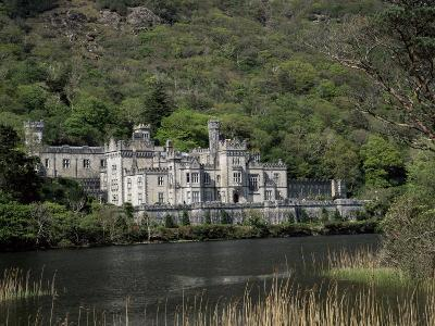 Kylemore Abbey, County Galway, Connacht, Eire (Republic of Ireland)-Roy Rainford-Photographic Print