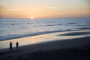 USA, California, San Diego. Swami's Beach at Sunset, Cardiff by the Sea by Kymri Wilt