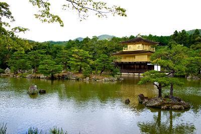 Kyoto's Kinkaku Golden Pavilion at Rokuon-Ji Temple-Heather Perry-Photographic Print