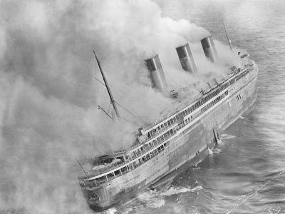 L'Atlantique Aflame Near English Channel--Photographic Print