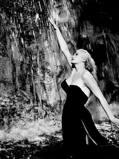 La Dolce Vita, Anita Ekberg, 1960--Photo