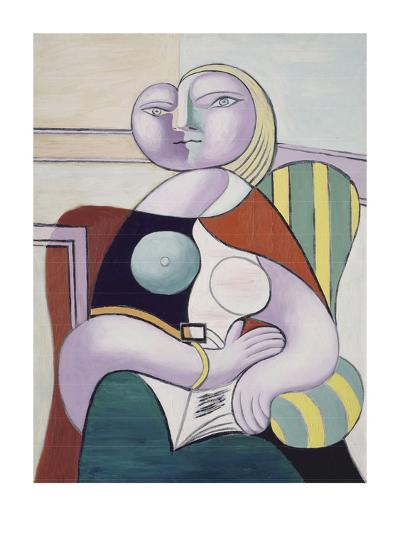 La lecture (Woman Reading)-Pablo Picasso-Art Print
