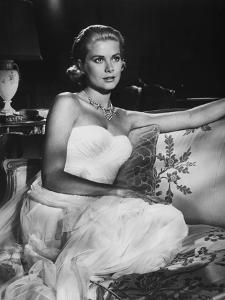 La Main au Collet TO CATCH A THIEF by AlfredHitchcock with Grace Kelly, 1955 (b/w photo)
