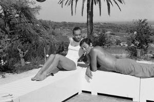 La piscine by Jacques Deray with Alain Delon and Romy Schneider, 1969 (b/w photo)