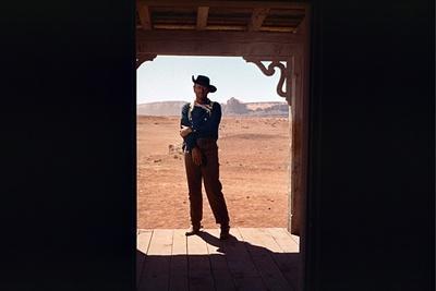 https://imgc.artprintimages.com/img/print/la-prisonniere-du-desert-the-searchers-by-johnford-with-john-wayne-1956-photo_u-l-q1c1m7f0.jpg?p=0